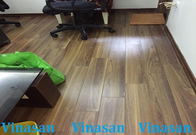 sàn gỗ chịu nước, ván sàn gỗ chịu nước, Sàn gỗ công nghiệp siêu chịu nước