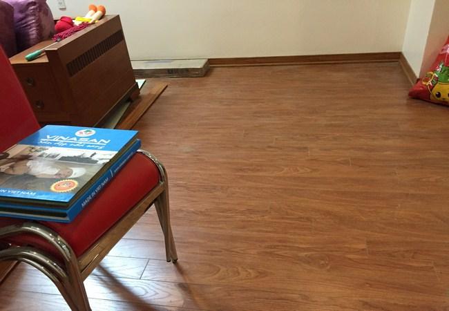 sàn gỗ, sàn gỗ công nghiệp, nha phan phoi san go