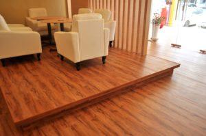 hướng dẫn vệ sinh sàn gỗ đúng cách