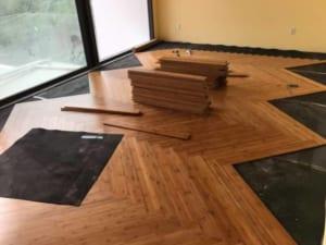 mẫu sàn gỗ công nghiệp chuyên dùng cho phòng bếp, báo giá thi công sàn gỗ công nghiệp,