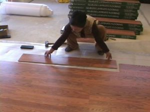 tư vấn lắp đặt sàn gỗ, dịch vụ lắp đặt sàn gỗ tại nhà, hướng dẫn bảo quản và sử dụng sàn gỗ công nghiệp