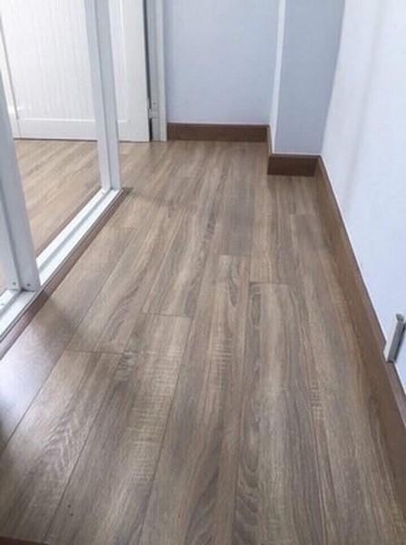 sàn gỗ giá rẻ phong cách hiện đại